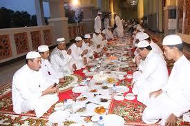 keutamaan buka bersama di masjid